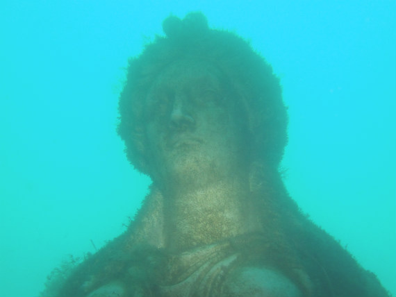 Greek statue at the Portland underwater curiosity park