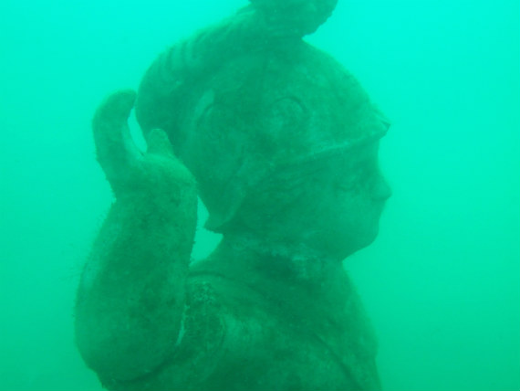 Boy statue at the Portland underwater curiosity park
