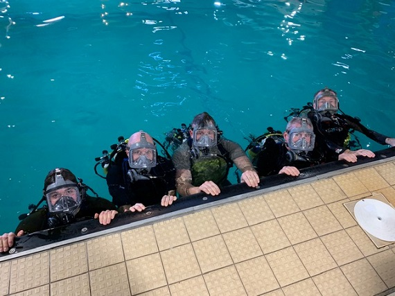 Aga FFM training in the pool