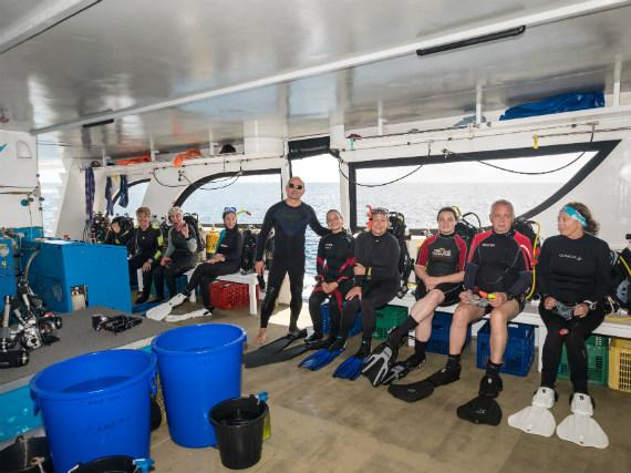 Divers on Emperor Serenity liveaboard