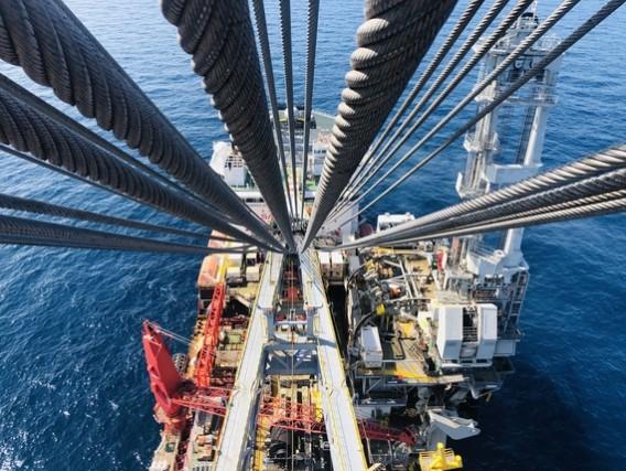 Offshore oil platform - image (c) IMCA