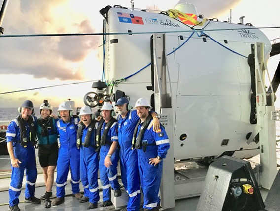 Triton Submarines operations team dive Challenger Deep in 2019